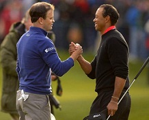 Zach Johnson beats Tiger Woods